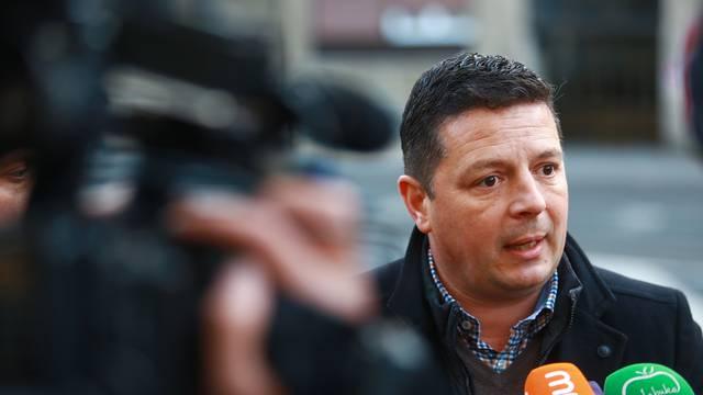 """Zagreb: Tomislav Stojak s medijima u sklopu inicijative """"Ponedjeljkom sa zastupnikom"""""""