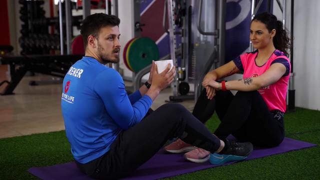 Filip i Tijana vježbaju s rolom papira: 'Ne trebaju vam utezi'