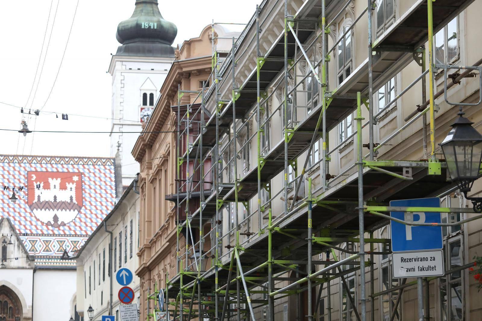 Zagreb: Skele, ograde i građevinski materijal na svakom koraku Gornjeg grada