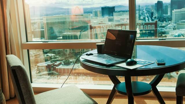 Hotelska soba kao ured