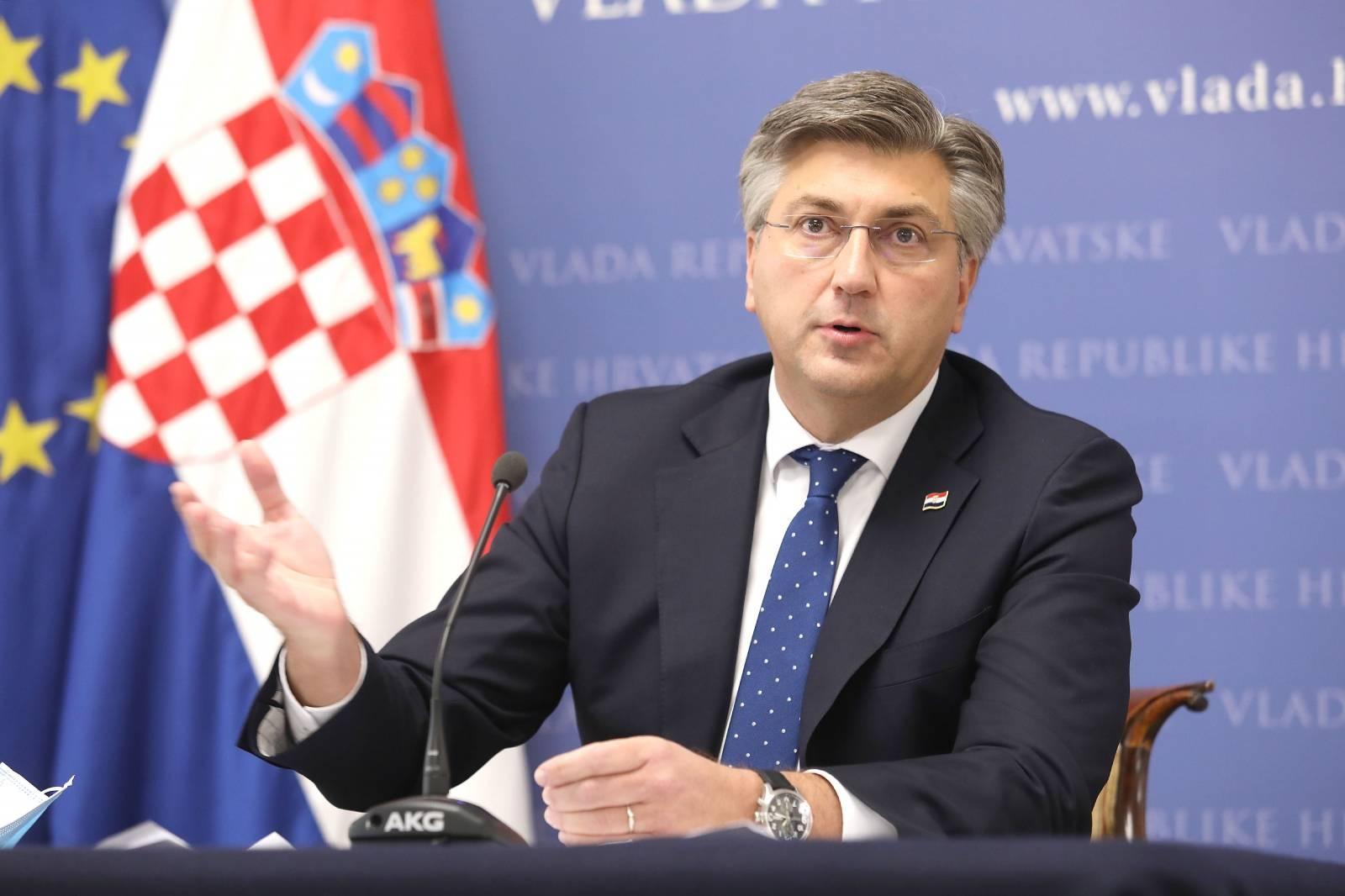 Zagreb: Andrej Plenković održao u Banskim dvorima konferenciju za medije