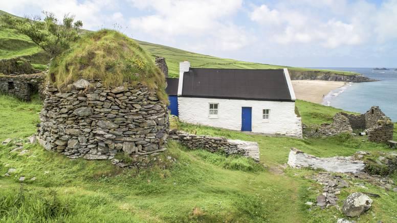 Irski otok nudi besplatan život za 2 ljudi - koji bi vodili kafić
