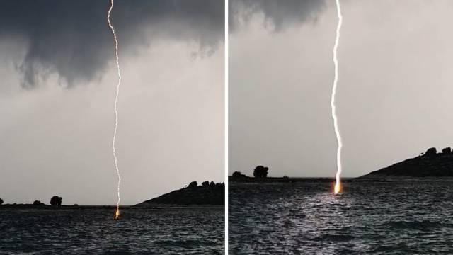 Snimio udar munje u more: Ma bilo je biži kući! Us*a sam se...