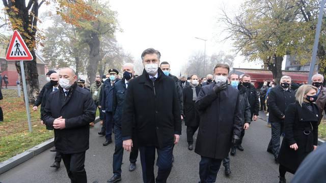 Vukovar: U posebnim epidemiološkom mjereama krenula Kolona sjećanja