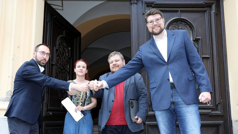 Zbog Račana Peđa ima miran san: Ivan nije ni blizu lider kao otac, ali vuče konce u SDP-u