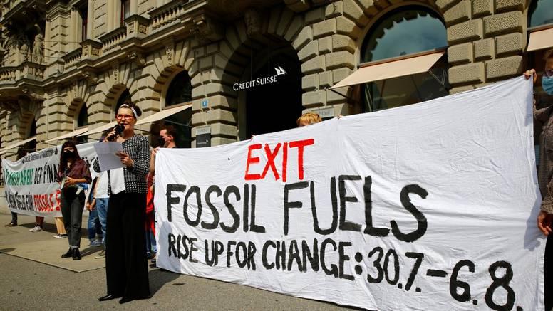Klimatski aktivisti okupirali srce financijske četvrti u Zürichu