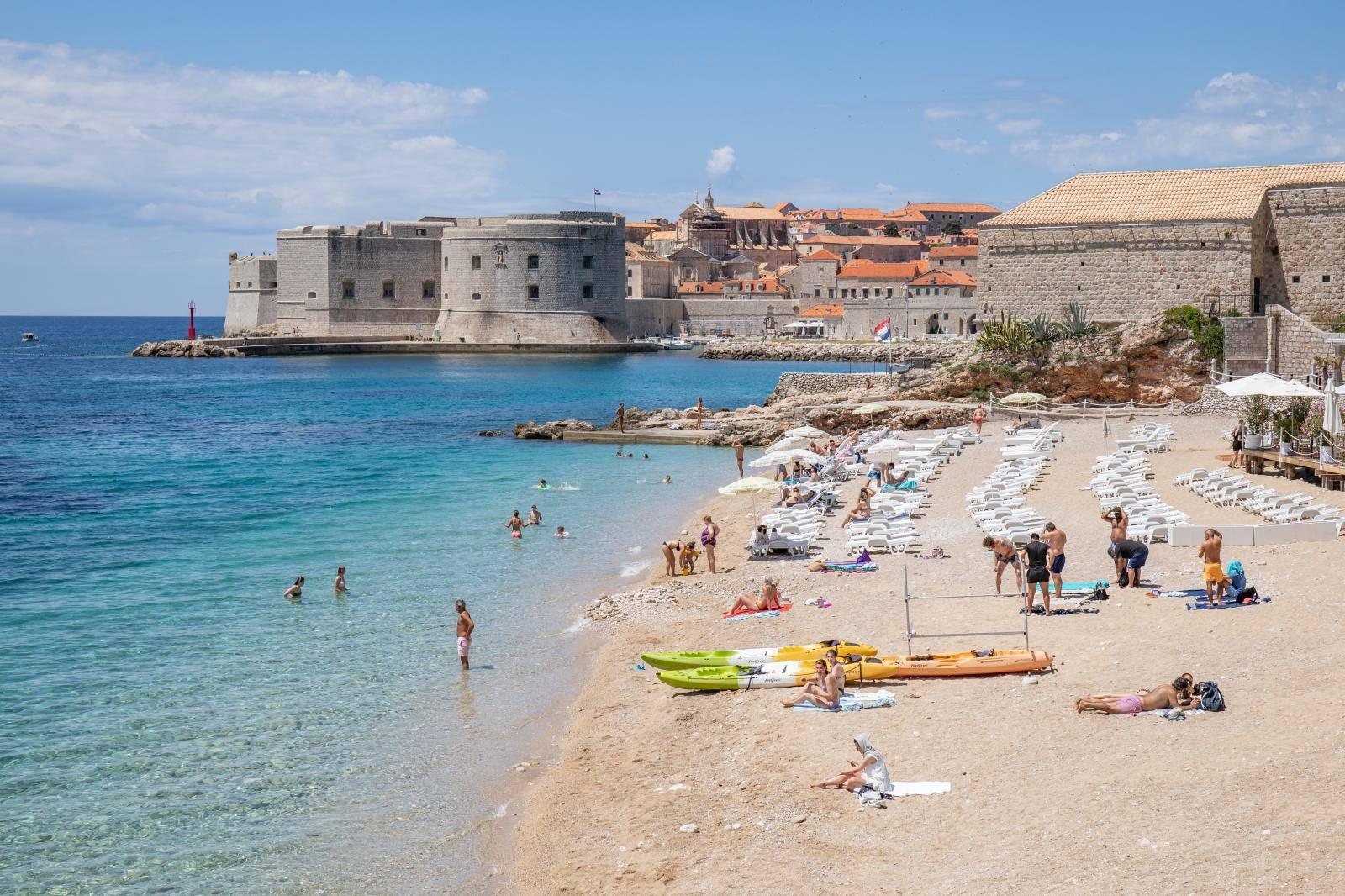 Prvog dana ljeta Dubrovnik nije ni približno popunjen turistima