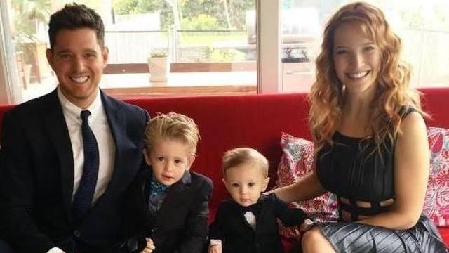 Buble treći put postaje otac: 'Ups, opet smo to napravili'