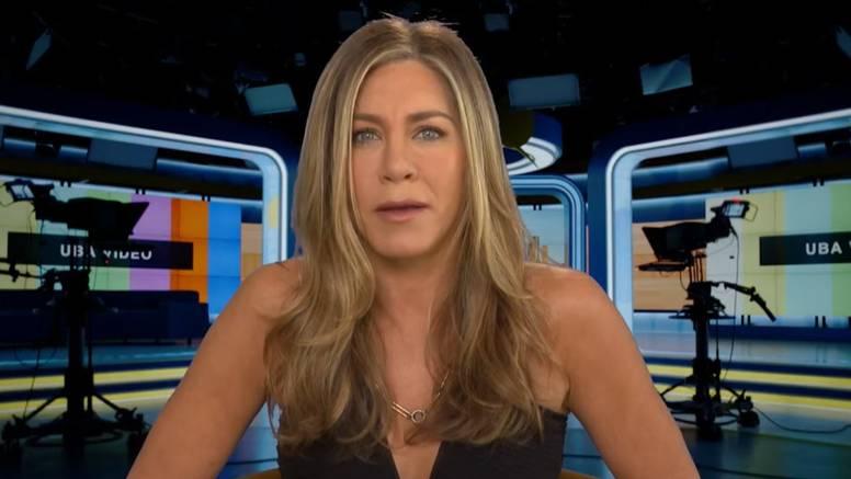 Aniston posve šokiralo pitanje voditeljice: Jeste li prostitutka?