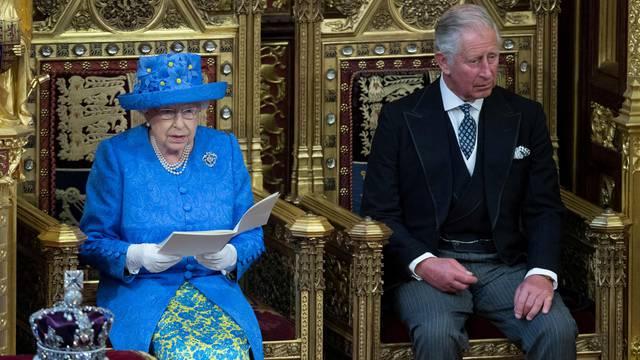 Velika Britanija: Kraljica je odobrila suspenziju parlamenta