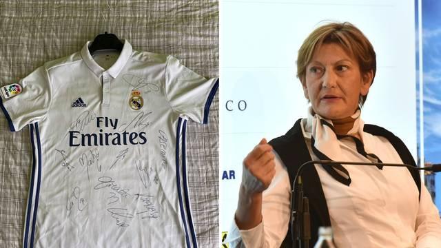 Bivša ministrica Dalić ponudila Ronaldov dres za 'Palčiće'...