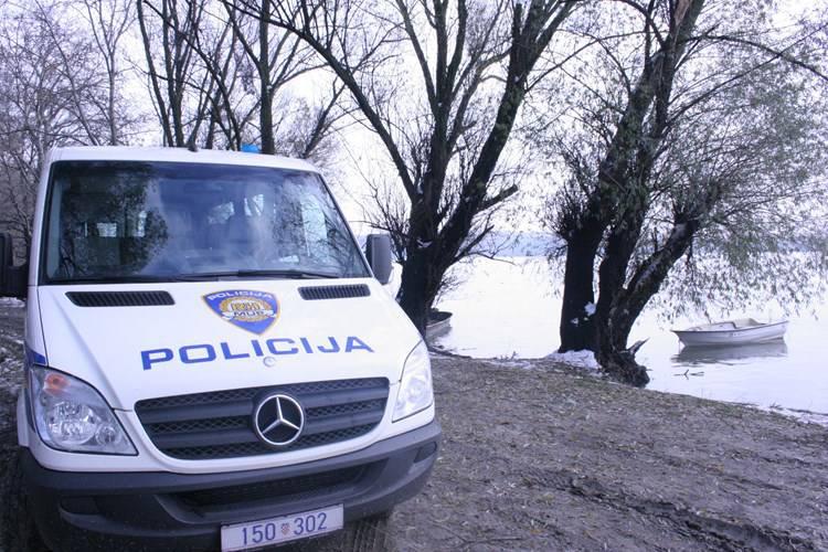 Troje pod istragom zbog ratnog zločina u okolici Cetingrada