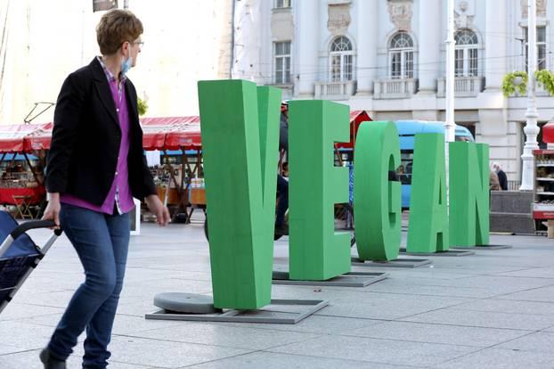 Zagreb: Na Trgu bana Jelačića počeo dvodnevni 13. ZeGeVege festival