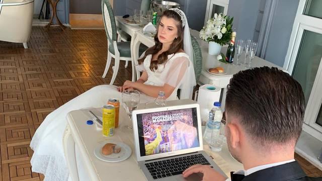 Postao hit: Mladoženja je ponio laptop na vjenčanje, igrao igrice