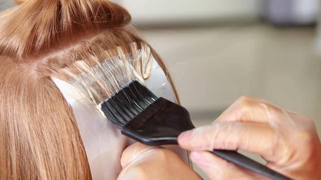 Organska boja kose je mit, no ipak možete pronaći prirodnu