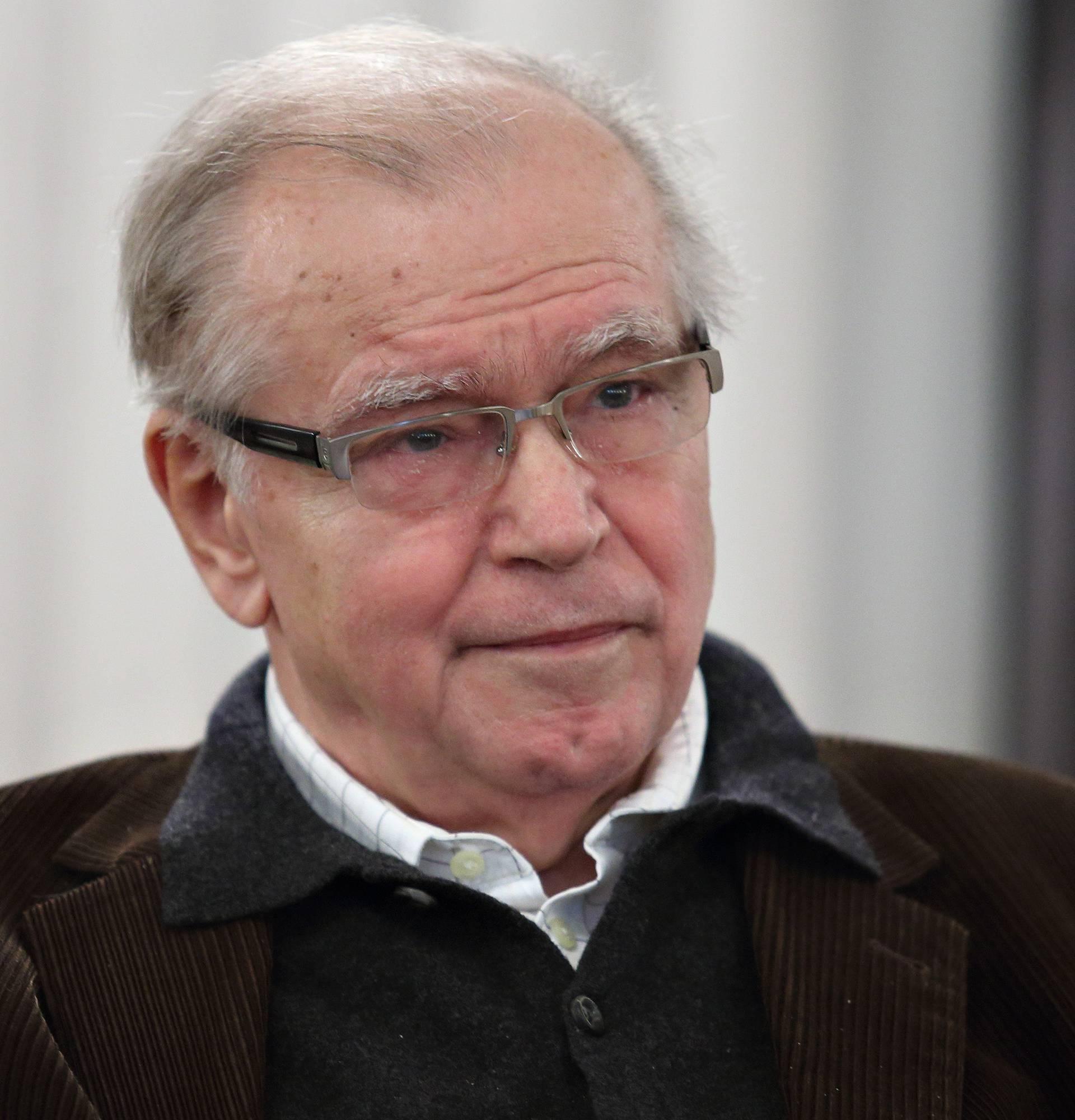Preminuo je novinar, urednik i diplomat Dražen Vukov Colić