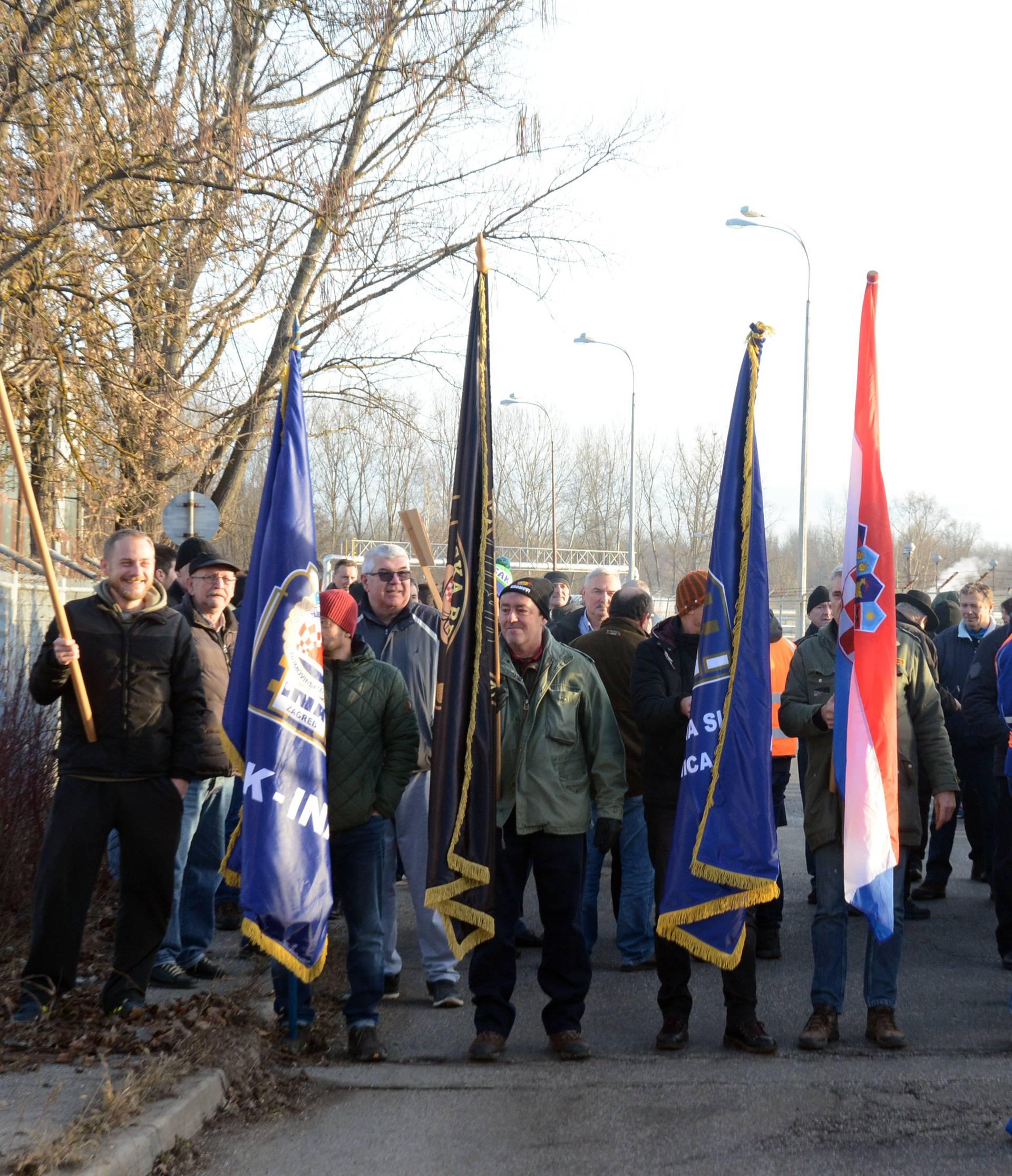 Radnici Rafinerije nafte Sisak prosvjeduju zbog zatvaranja tvrtke