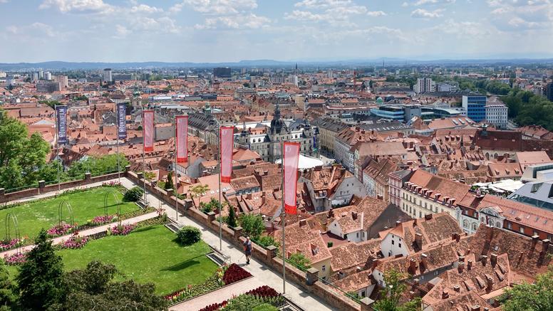 Drugi dom Hrvata: Moderan grad pod okriljem tradicije
