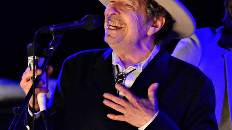 Bob Dylan optužen za seksualno zlostavljanje 12-godišnjakinje