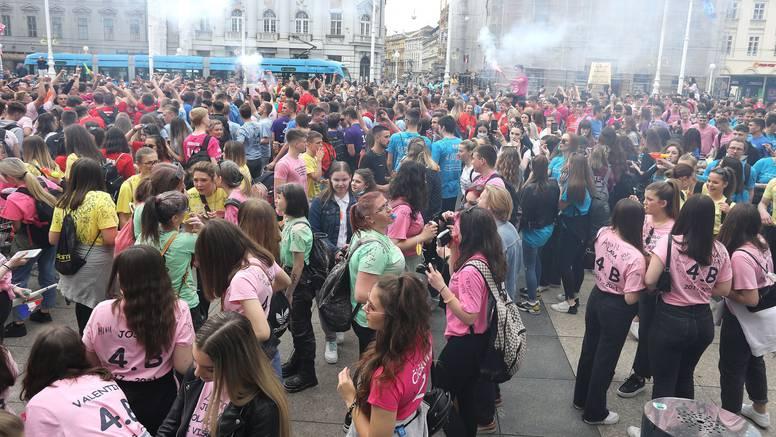 Norijada u Zagrebu prolazi bez incidenata: Nastavljaju zabavu na Bundeku, uz pratnju policije