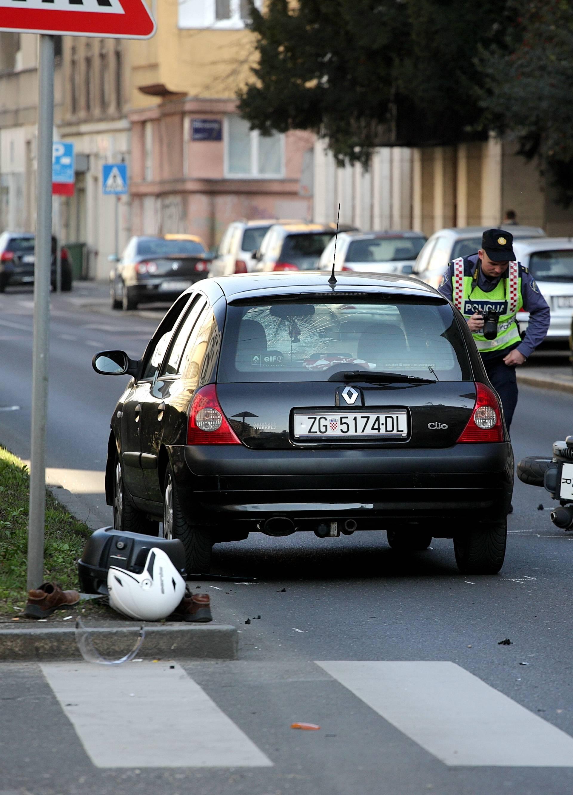 Sudarili su se auto i skuter u Zagrebu, jedan čovjek ozlijeđen
