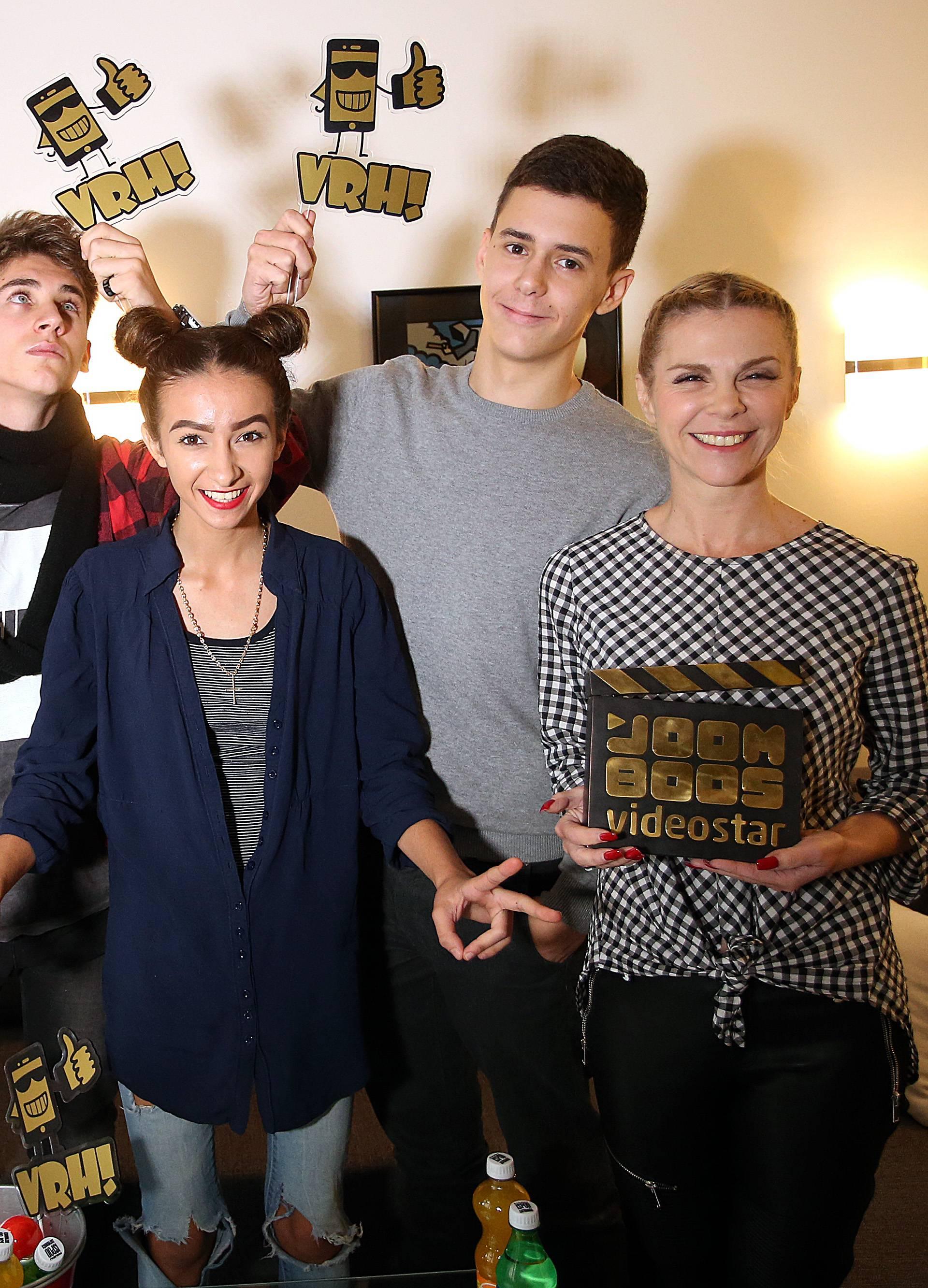 Nemoj propustiti ovu priliku: Postani nova YouTube zvijezda