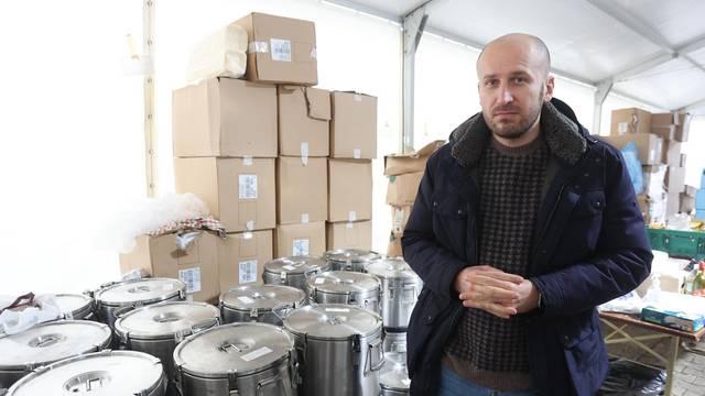 Volonteri i dalje kuhaju u Petrinji, a obroke isporučuje i Pleter