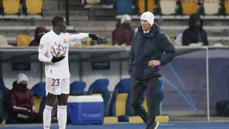 Real pred ispadanjem iz LP-a, a Zidane tvrdi: Neću odstupiti!