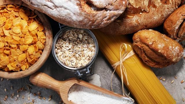 Laži o kruhu u koje vjerujemo: Bijeli deblja, zamrzavanje je ok