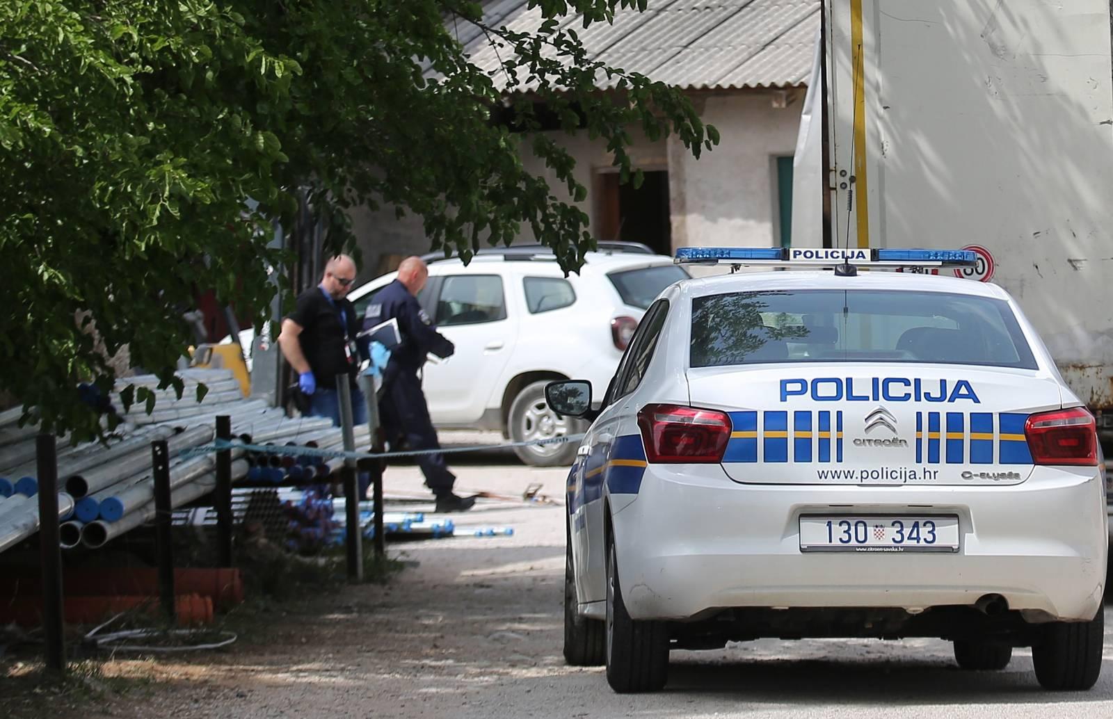 Šibenik: Prilikom istovara tereta u Vodovodu jedna osoba smrtno stradala