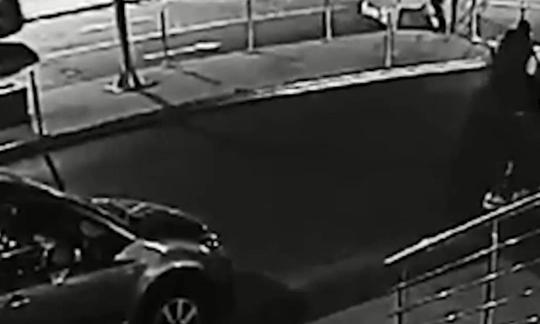Objavili video: Vođi Partizana prišao je s leđa i počeo pucati