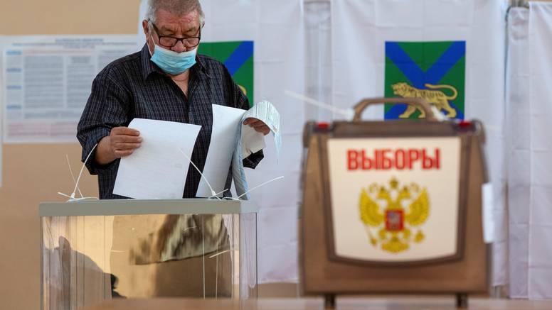 Posljednji dan glasanja na ruskim izborima: Očekuju pobjedu Putinove stranke