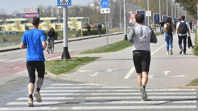 Trčanje i bicikliranje - razmak od 4, a oni koji jure 20 metara!