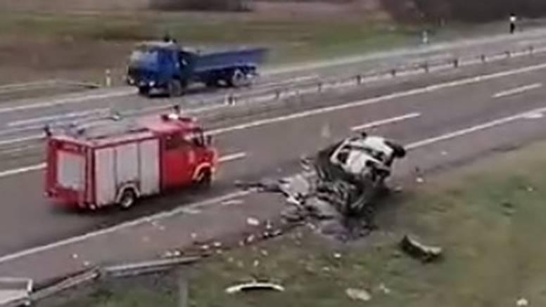 Stravična nesreća na cesti kod Niša: Četvero putnika poginulo