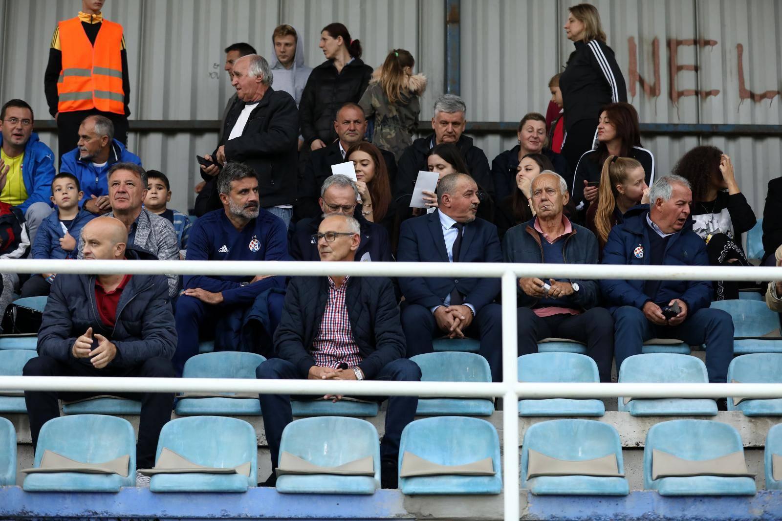 Dinamova delegacija u Žepču, dočekao ju je i Zdravko Mamić