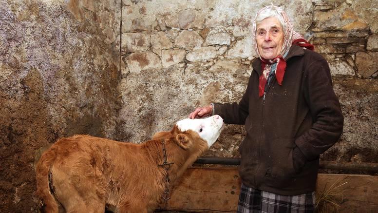 Baka (89) je pomogla Juri da dođe na svijet: 'Zribala sam ga'