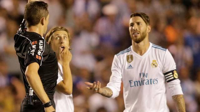 La Liga - Deportivo de la Coruna vs Real Madrid