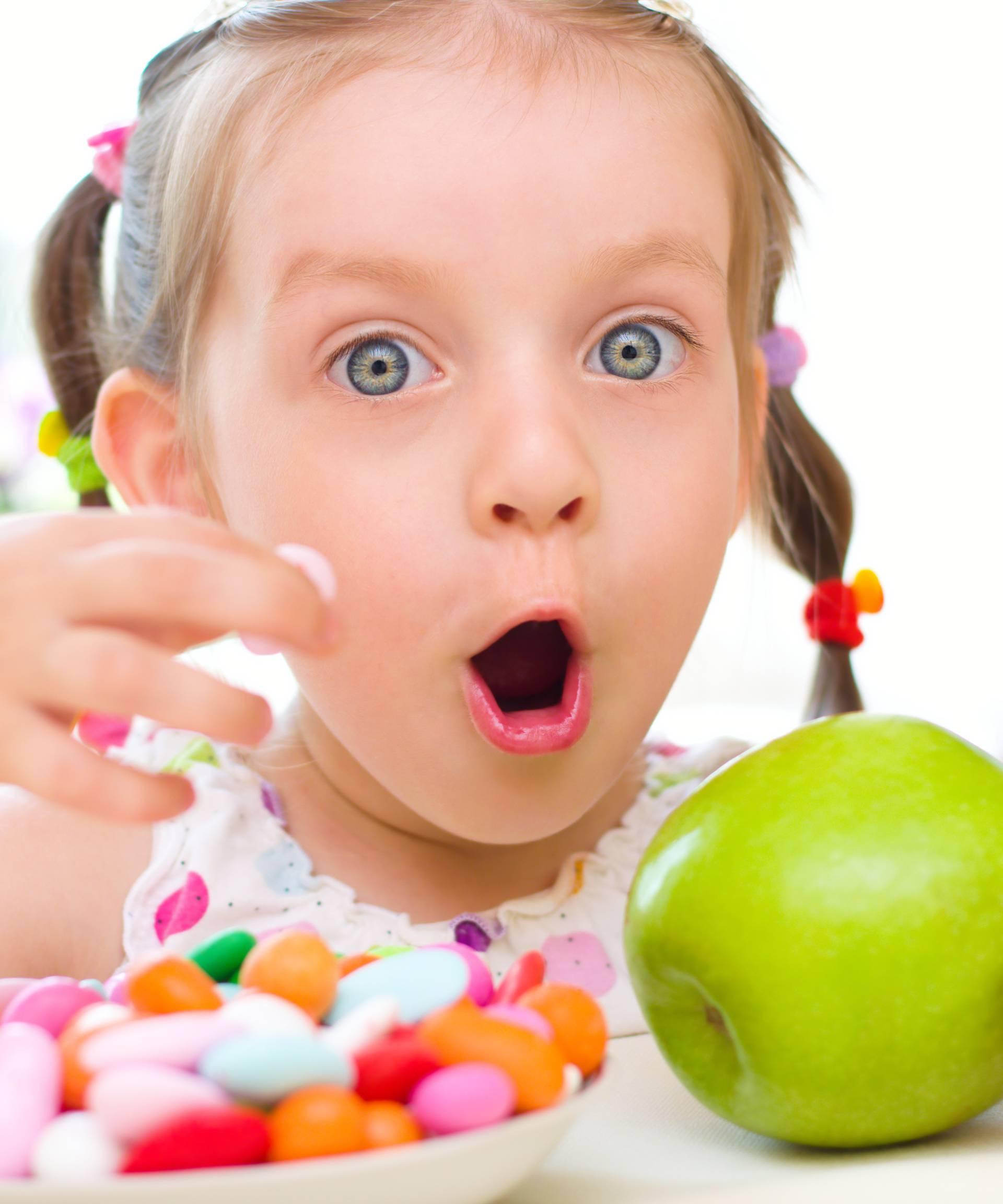 Može li dijete dobiti dijabetes ako jede previše slatkiša ili ne?