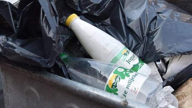 Boce mliječnih proizvoda još nemaju oznaku otkupa ambalaže i završavju na otpadu