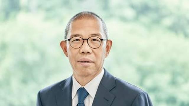 Kineski kralj flaširane vode sad je bogatiji od Warrena Buffeta
