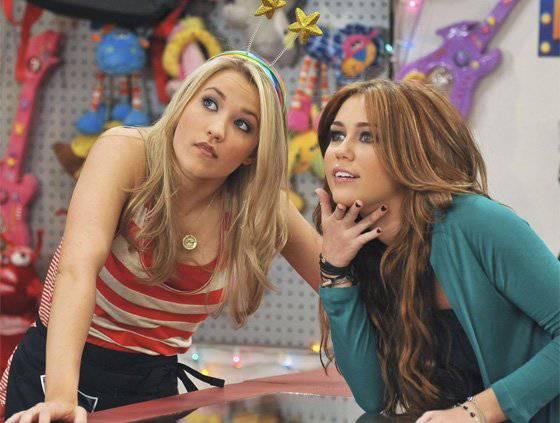 Porno glumica 'otela' ime Miley Cyrus, a Sheldon se zvao 'Ken'