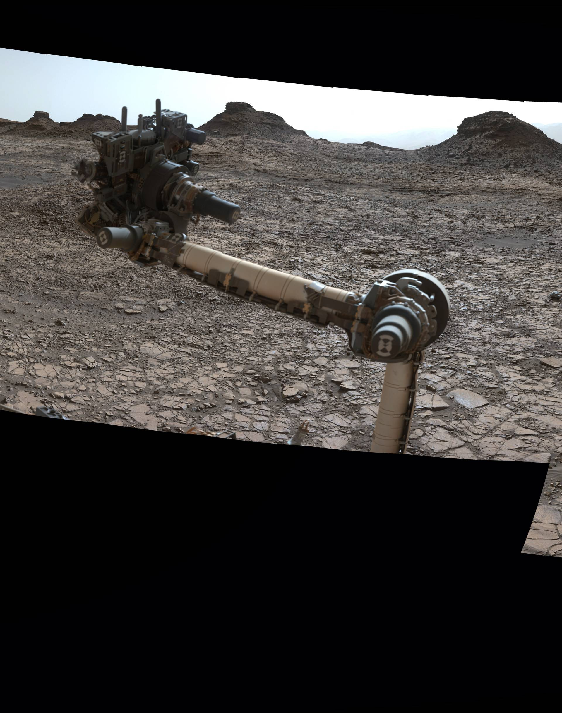 Mars izgleda skoro kao Zemlja na novim snimkama Curiosityja