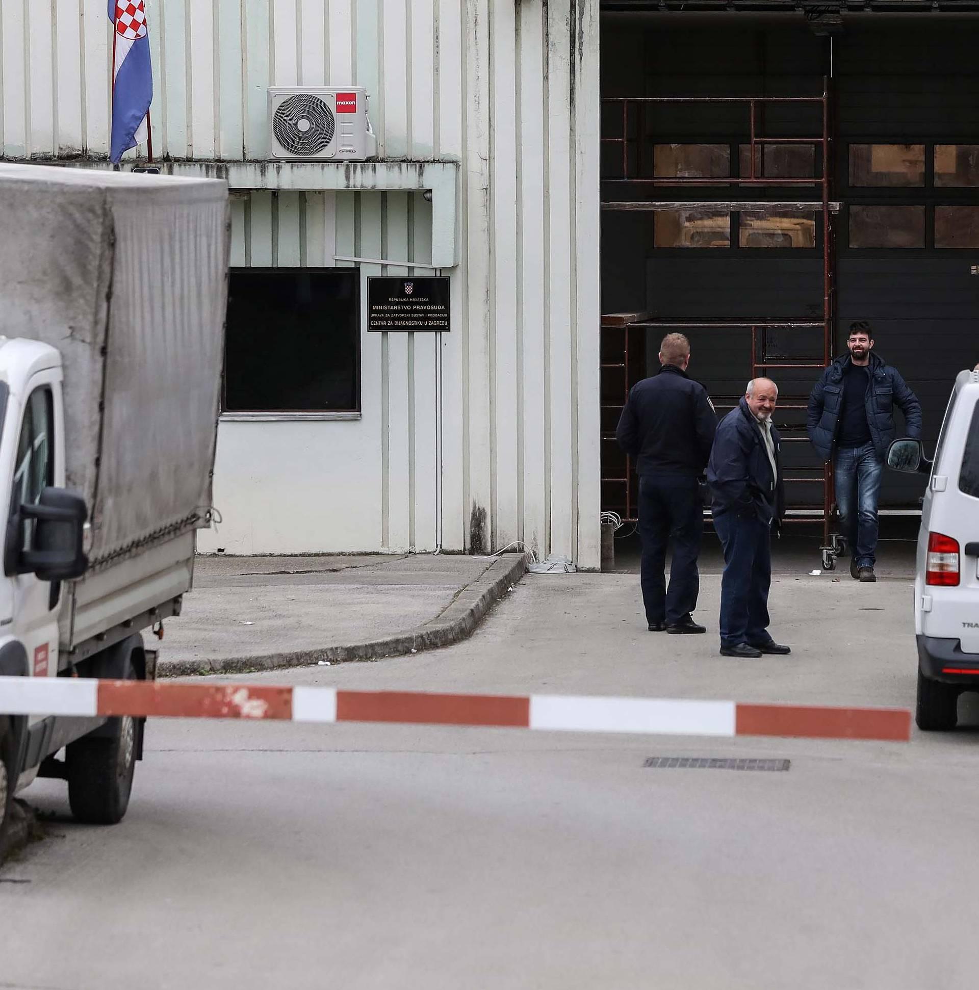 Zagreb: Radovi na glavnom ulazu u zatvor Remetinec