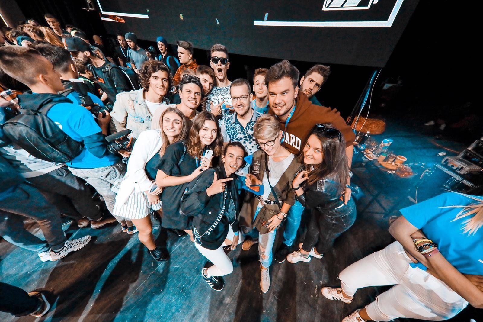 Fanovi plakali da vide hrvatske youtubere: 'Matija, volim te!'