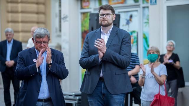 Na sjednicu Predsjedništva SDP-a došla 'pobunjenička četvorka'