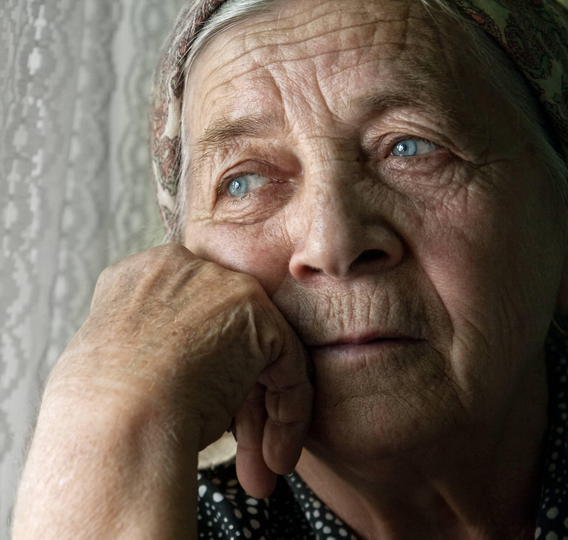 'Snaha okreće unuke protiv mene, a trpim zbog djece i sina'