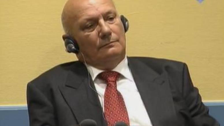 Milanović je rekao da general Petković 'nije ratni zločinac'. Petković je jučer priznao zločine