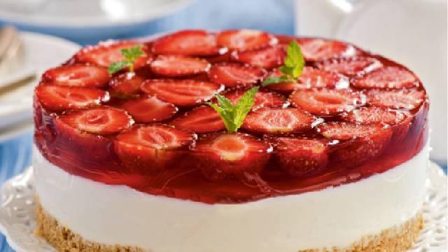 Hladni  Cheesecake s jagodama oduševit će i najveće gurmane