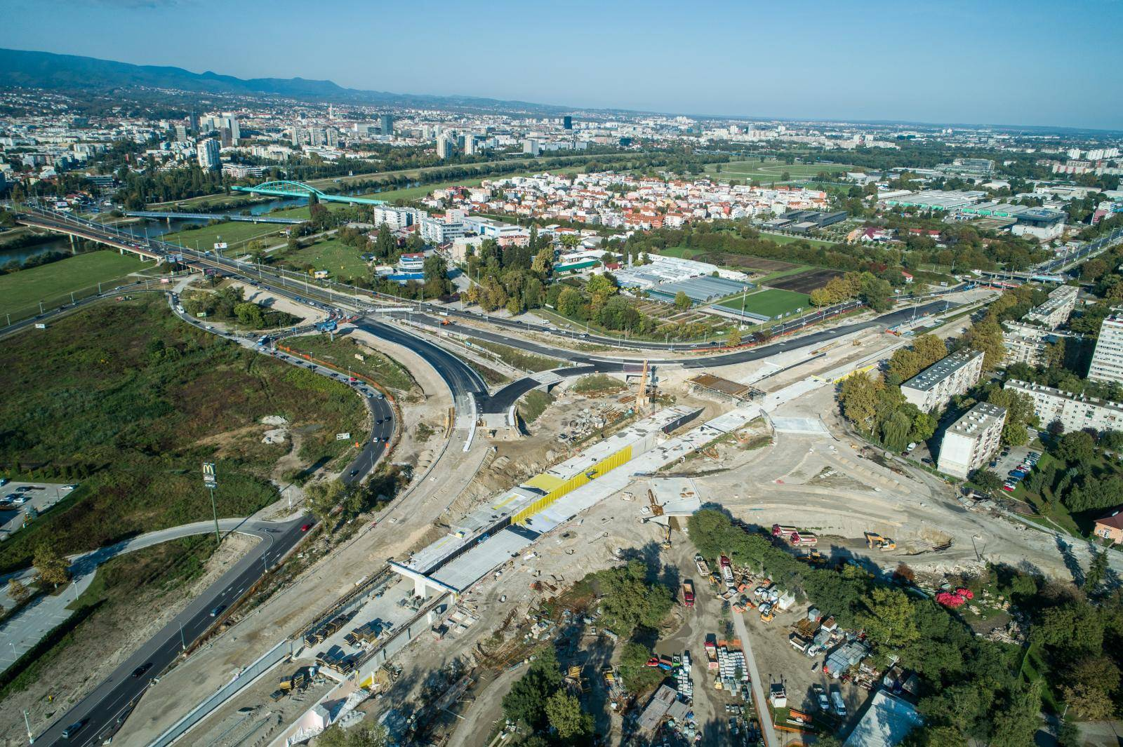 Fotografije iz zraka: Polako se vide obrisi zagrebačkog rotora