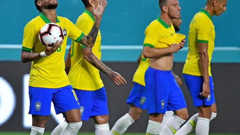 Neymar za Brazil asistirao i zabio u remiju protiv Kolumbije